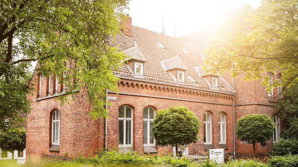 _Kirchrder-Institut.jpg